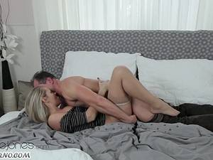 Adult male fucks his adult daughter