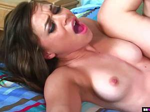 Teen slut with a perfect body gets creampied