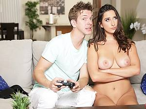 Kinky stepsister seduces her stepbrother and fucks his brains out