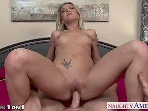 Blonde Laura Bentley in need of a good plowing